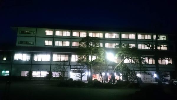 夜の外観.jpg